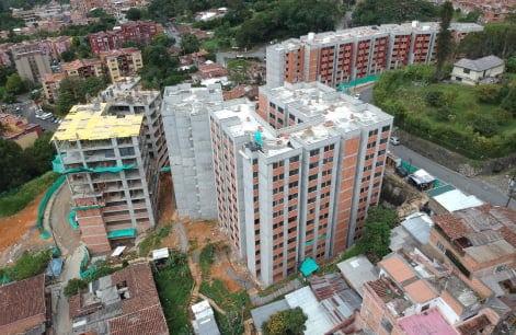 Proyecto de vivienda naranjos